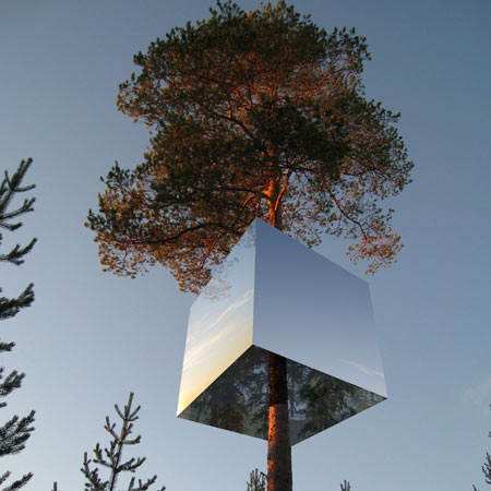tree-hotel-TheSuiteWorld-Sweden