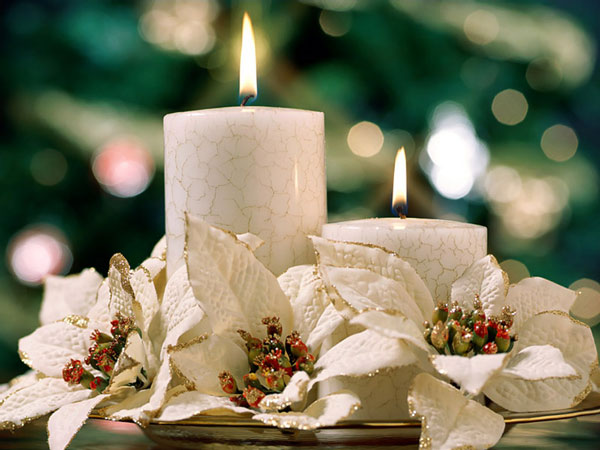 American-Christmas-Candles-flame