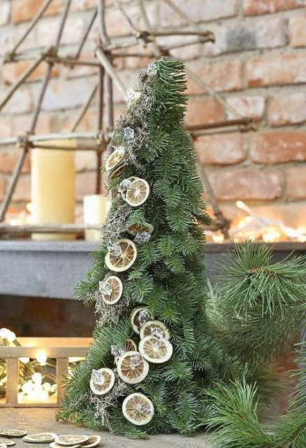 cool-outside-christmas-decorations-5