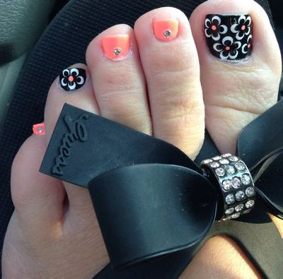 15-adorable-toe-nail-designs-and-ideas13