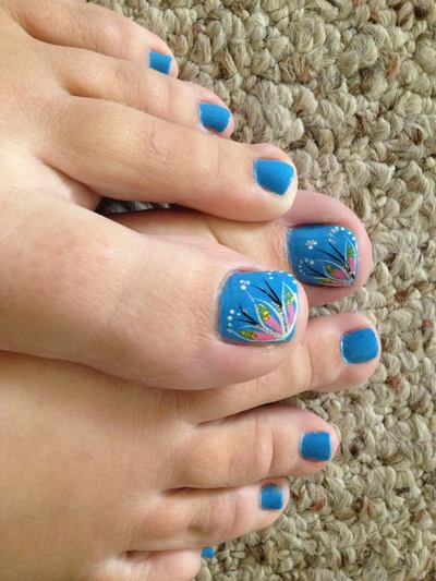 15-easy-nail-art-for-toes10