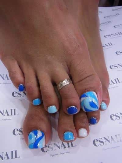 15-easy-nail-art-for-toes8